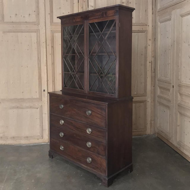 English Secretary/Bookcase, 19th Century Antique English in Mahogany For Sale - Image 3 of 13