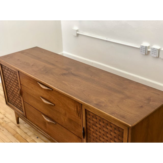 Walnut Mid Century Modern Lane Perception Compact Double Bank Sideboard Buffet Credenza - Danish Style Walnut Woven Door Lowboy Dresser For Sale - Image 7 of 9