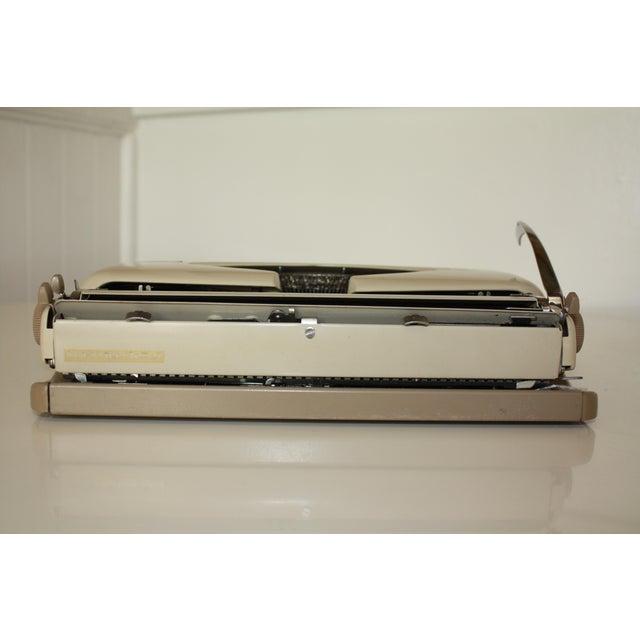 Vintage 1965 Triumph Tippa Beige Typewriter - Image 8 of 9