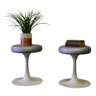 Mid Century Modern Vintage Knoll Style Tulip Stool(s) France For Sale