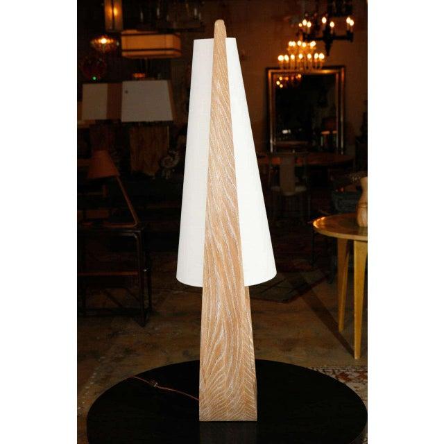 Paul Marra Wishbone Table Lamp in Ceruse Oak For Sale - Image 4 of 7