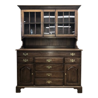 20th Century Traditional Henkel-Harris Sideboard Hutch For Sale