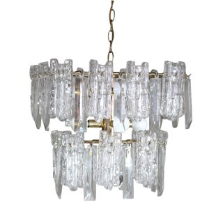 1960s Mid-Century 2-Tiered Austrian Brass & Ice Frosted Chandelier by Kalmar For Sale
