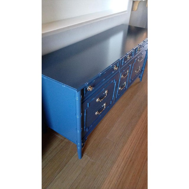 Thomasville Allegro Faux Bamboo High Gloss Blue 9-Drawer Dresser - Image 2 of 5