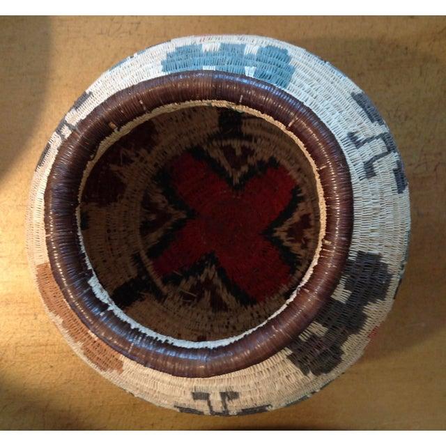 Figurative-Style Woven Wounaan Basket - Image 6 of 7
