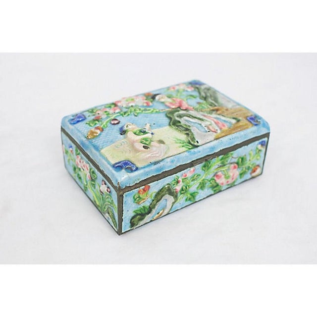White Antique Enamelware Box For Sale - Image 8 of 8