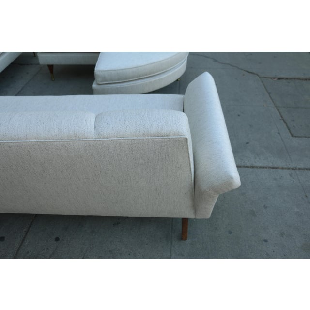 White 1960s Mid Century Modern 4 Piece Sectional and Ottoman - Set of 4 For Sale - Image 8 of 10