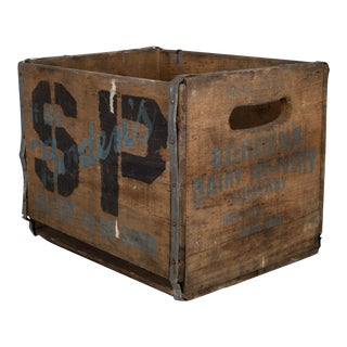 Bordon Dairy Wood and Metal Milk Crate C.1940 For Sale
