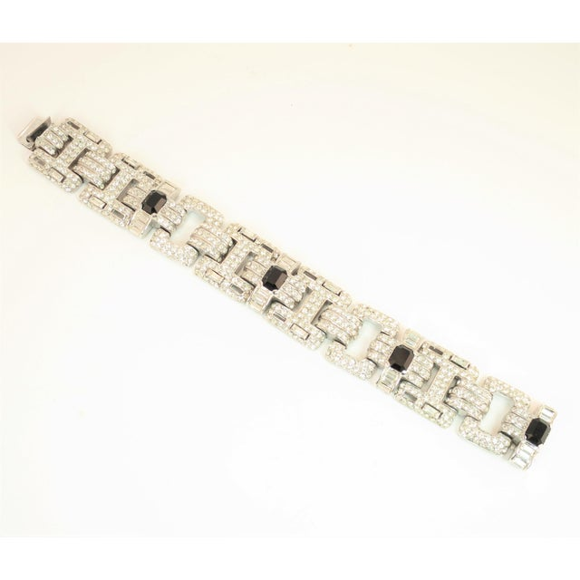 Ciner Art Deco-Style Geometric Link Rhodium Bracelet 1950s For Sale - Image 13 of 13