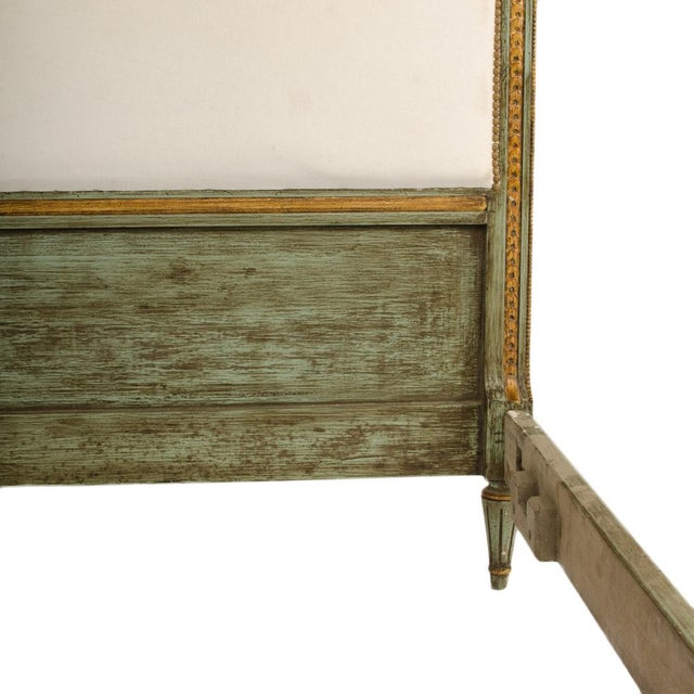1940s French Louis XVI Style Painted Queen Size Bedframe For Sale In Philadelphia - Image 6 of 7