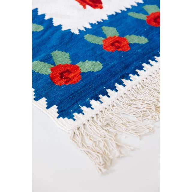 World of Roses - Vintage Hand-Woven Turkish Kilim - 3′4″ × 7′6″ - Image 5 of 7