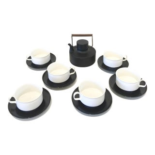 Tapio Wirkkala Rosenthal Studio Line Porcelaine Noire Coffee/Tea Pot and Coffee Cup Set - 13 Piece Set For Sale