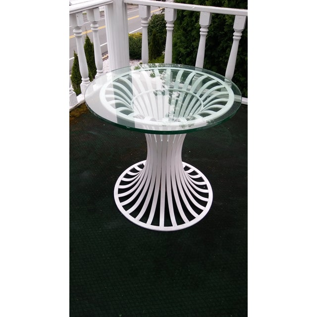 Russell Woodard Mid-Century Aluminum Table & 5 Chairs - Image 4 of 11