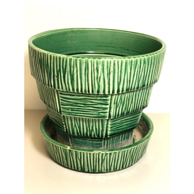 """Mid 20th Century McCoy Pottery 1940s – 1960s Large"""" Green"""" Mid-Century Flowerpot and Saucer For Sale - Image 5 of 10"""