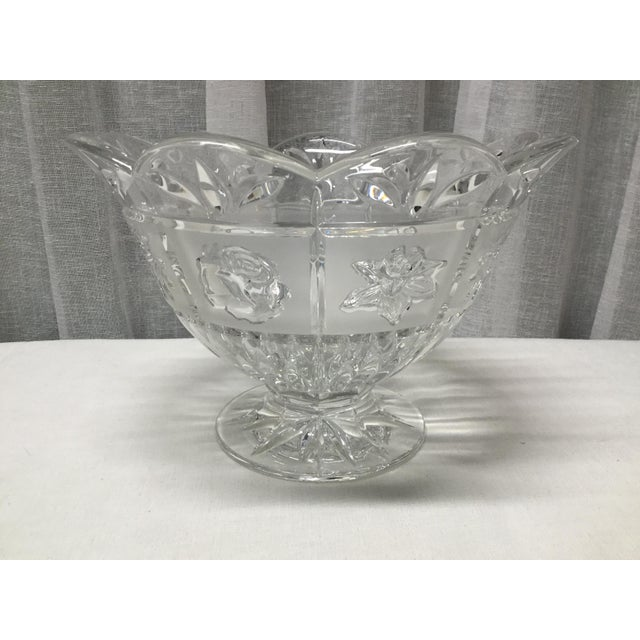Glass Late 20th Century Daisies, Roses & Dafodiles Lead Crystal Pedestal Bowl For Sale - Image 7 of 7