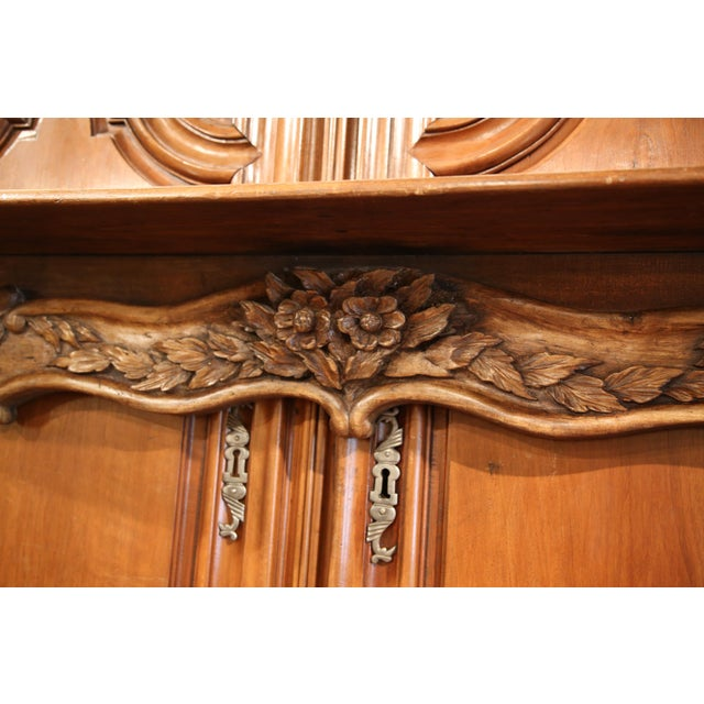 Walnut 19th Century French Carved Walnut Hanging Decorative Shelf From Normandy For Sale - Image 7 of 8