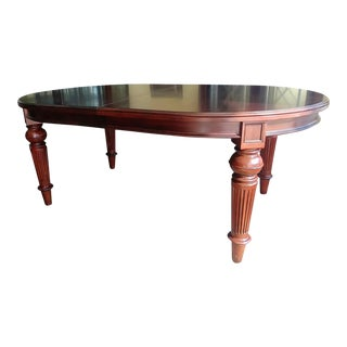 Thomasville Furniture Fredericksburg Whiskey Mahogany Oval Leg Dining Table For Sale