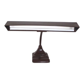 50s Art Specialty Co. Flexarm Art Deco Steel Fluorescent Desk Lamp For Sale