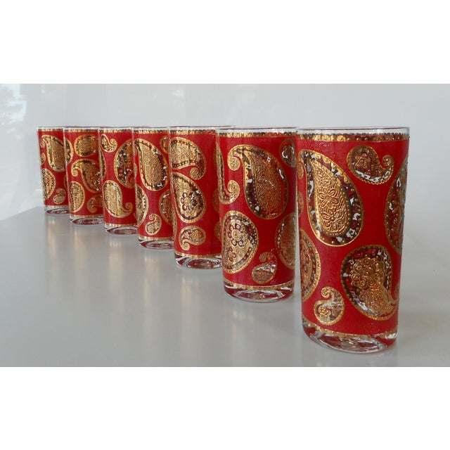 Culver Ltd. Vintage Mid-Century Culver Glass Paisley Red and Gold Highball Tumbers - Set of 7 For Sale - Image 4 of 7