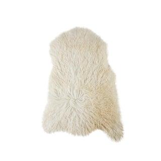 Hand-Tanned Sheepskin Pelt Rug - 2' x 3' For Sale