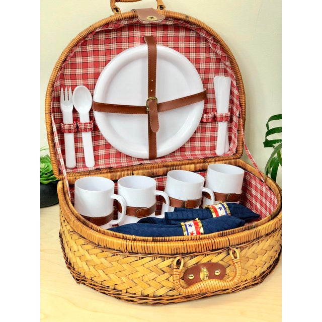 1980s Vintage Round Split Oak Picnic Basket With Dishes, Cups, Utensils For Sale - Image 5 of 7