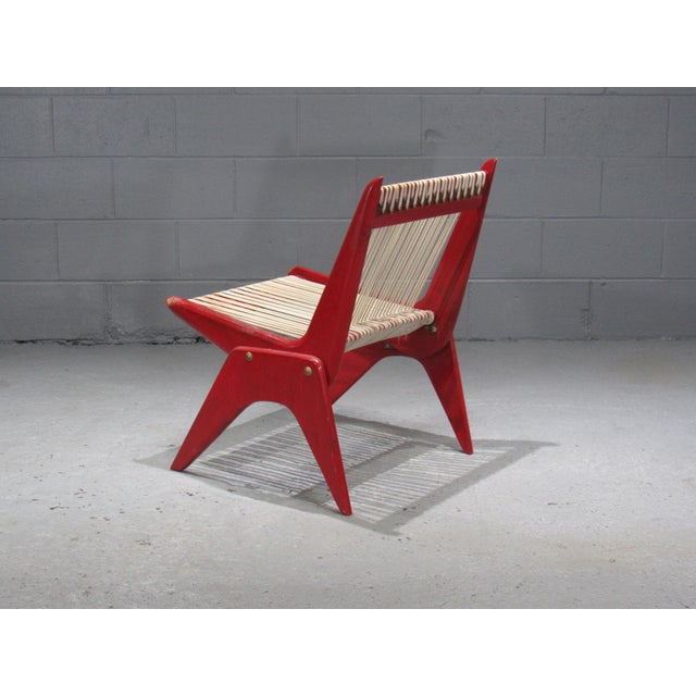 Mid-Century Modern 1950's Mid Century Modern Red Painted Wood and Rope Scissor Chair For Sale - Image 3 of 10
