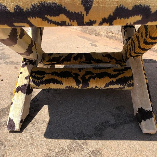 1950s Billy Baldwin 1950s Vintage Tiger Print X Bench Stool in Tiger Print Attributed to Scalamandre For Sale - Image 5 of 7