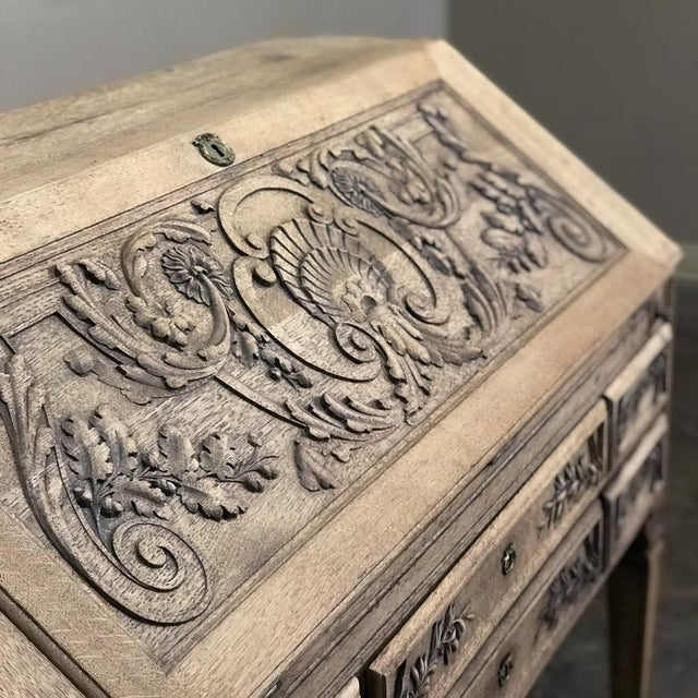 Wood 19th Century French Louis XIV Stripped Oak Secretary For Sale - Image 7 of 11