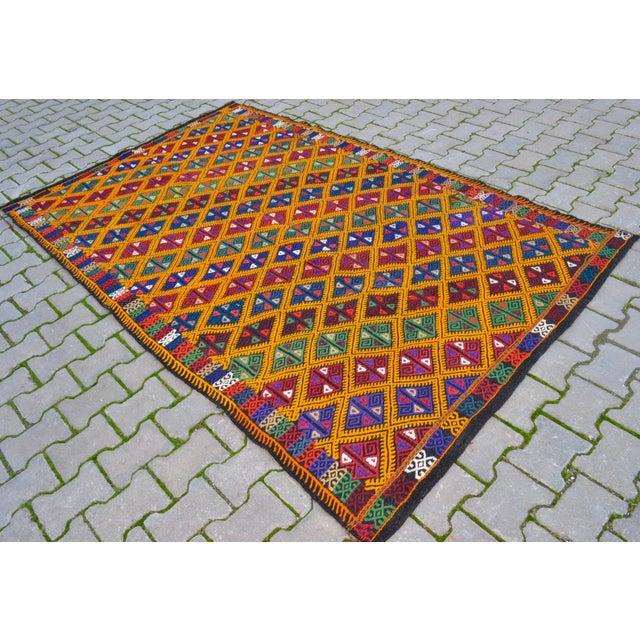 Handwoven Turkish Kilim Rug. Traditional Oushak Area Rug Braided Kilim - 5′6″ X 8′6″ For Sale - Image 10 of 10