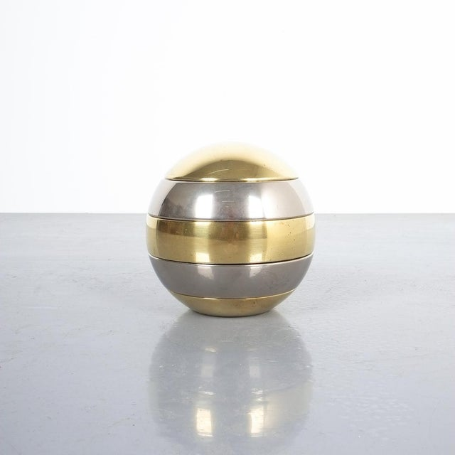 """Globe shaped stackable small bowls or ashtrays made in Italy, probably, circa 1970. Diameter is 5.51"""", good condition."""