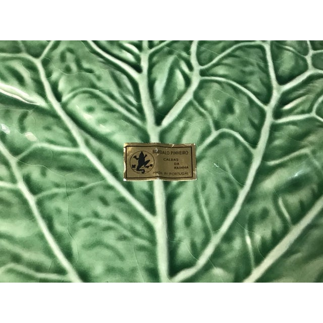 """Mid-Century Portuguese Green """"Cabbage Leaf"""" Chip & Dip or Crudité Platter For Sale In Tampa - Image 6 of 8"""