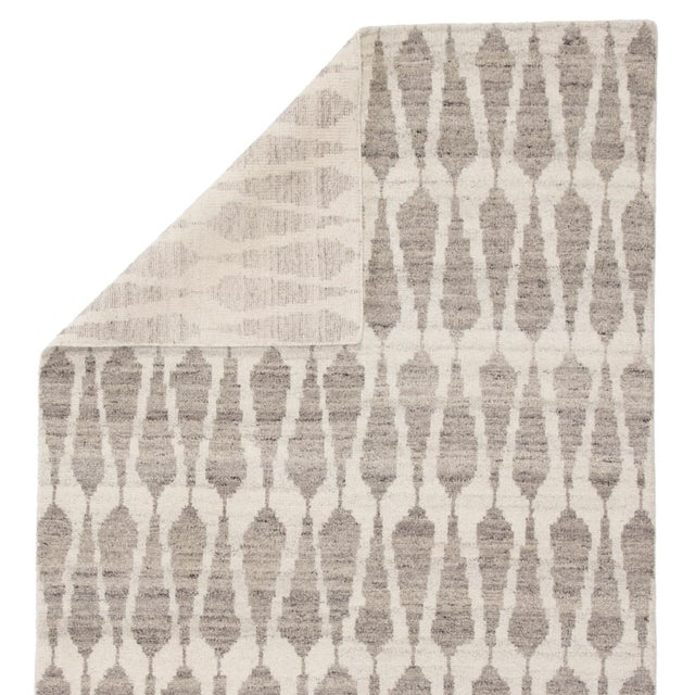 Jaipur Living Sabot Hand-Knotted Geometric Ivory/ Light Gray Area Rug - 8′6″ × 11′6″ For Sale - Image 4 of 6