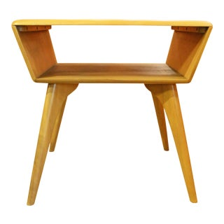 Mid-Century Modern Heywood Wakefield Side Table For Sale