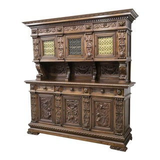 Early 1900s Italian Renaissance Revival Walnut Sideboard For Sale