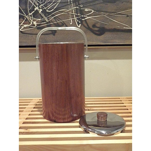Thermos Mid-Century Vintage Teak Ice Bucket With Glass Liner For Sale In New York - Image 6 of 8