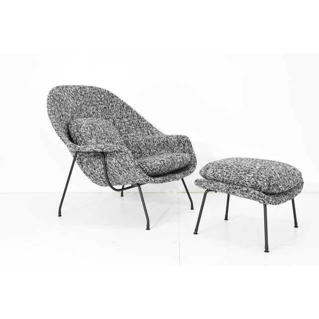 Eero Saarinen for Knoll Womb Chair and Ottoman For Sale - Image 12 of 12