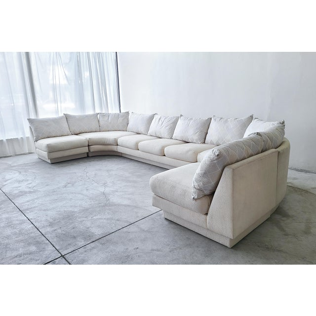 Mid-Century Modern Monumental Curved Modular Sectional Sofa by Directional For Sale - Image 3 of 9