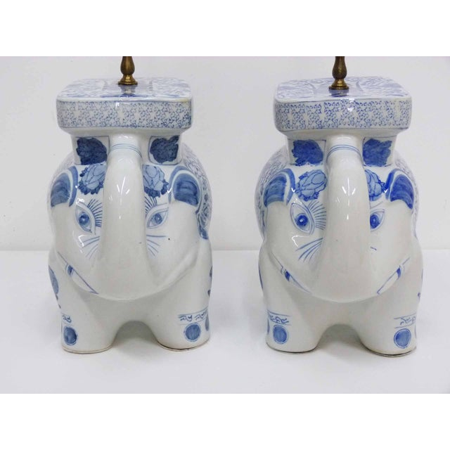 Chinese Blue & White Elephant Table Lamps - A Pair - Image 7 of 10