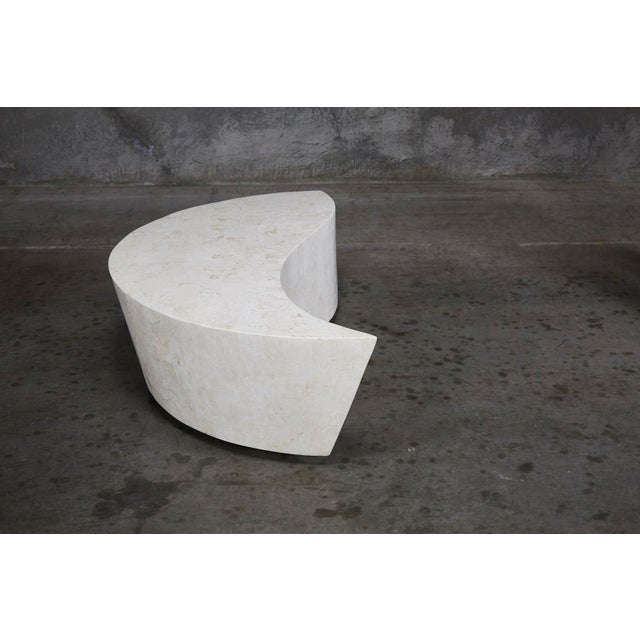 "1990s Contemporary White Freeform Tessellated Stone ""Hampton"" Coffee Table For Sale In Los Angeles - Image 6 of 13"