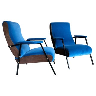Pair of Lounge and Club Armchairs in Wood and Blu Suede, Italy, 1950s For Sale