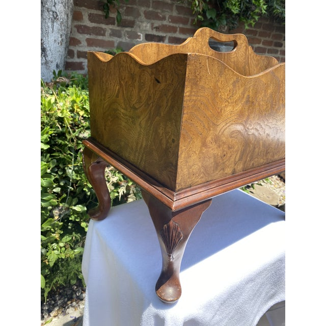 1980s Baker Furniture Queen Anne Burl Wood and Mahogany Magazine Rack For Sale In Los Angeles - Image 6 of 13