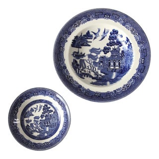 Johnson Brothers Blue Willow Bowls Set of 2 For Sale