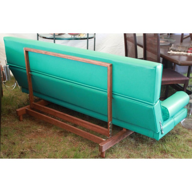 Martin Borenstein Turquoise Daybed Sofa Mid Century Modern C.1960's For Sale In Providence - Image 6 of 10