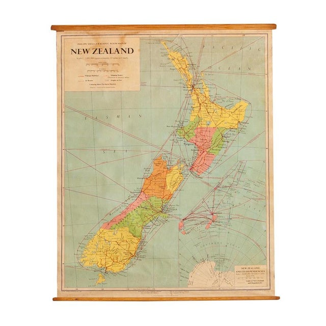 1960s Vintage New Zealand Pull Down Map - Image 1 of 8