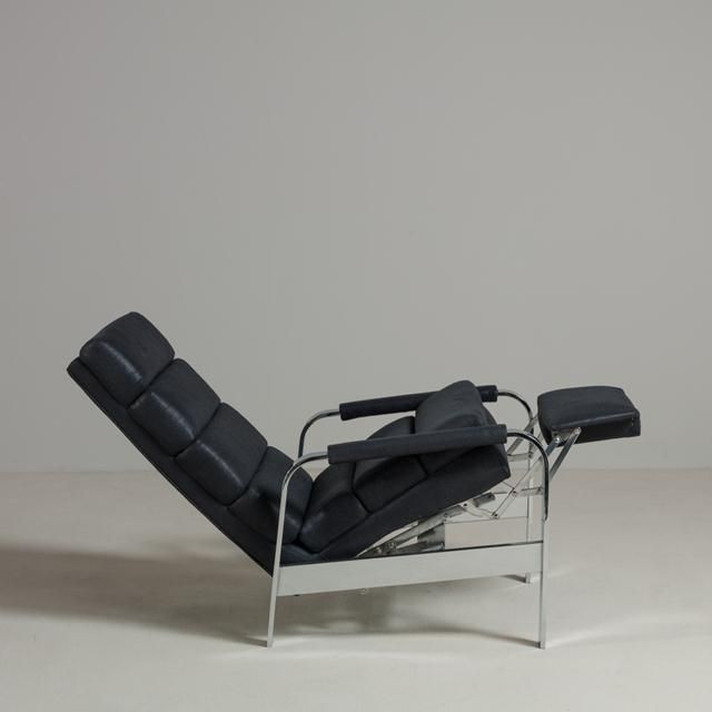 Mid-Century Modern Chromium Steel Framed Reclining Armchair, 1970s For Sale - Image 3 of 6