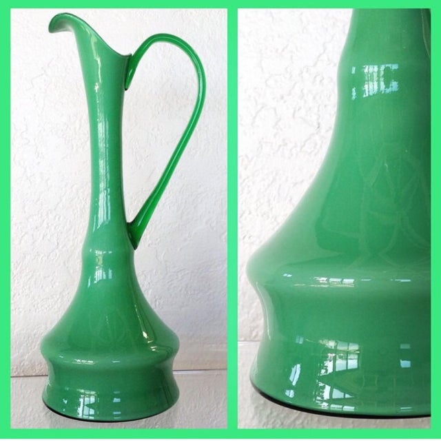 Kelly Green Empoli Vases - Set of 4 For Sale - Image 5 of 5