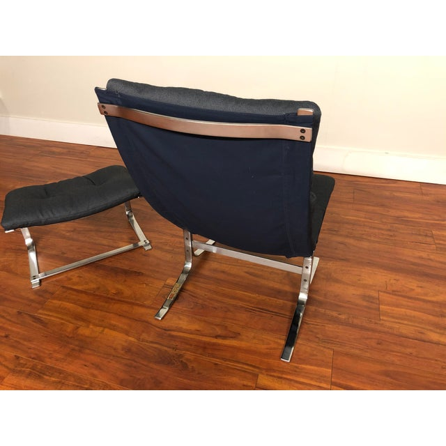 Blue Danish Vintage Metal Lounge Chair and Ottoman Newly Upholstered For Sale - Image 8 of 11