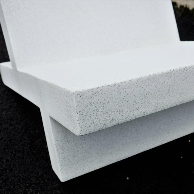 Zachary A. Design White Finish Cast Resin 'Wavebreaker' Lounge Chair For Sale - Image 4 of 7