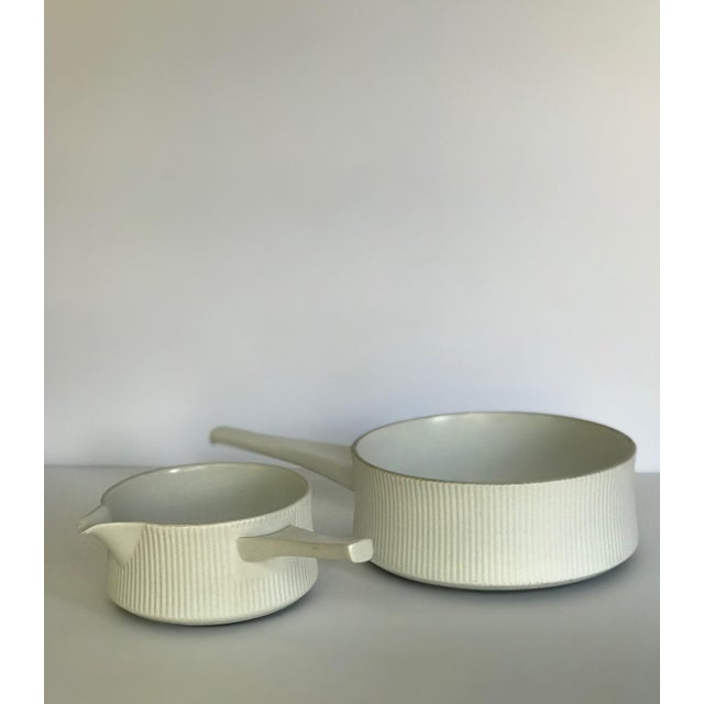 1950s Vintage Mid Century Modern White Ribbed Cordalite Cookware Set - 9 Pieces For Sale - Image 5 of 11