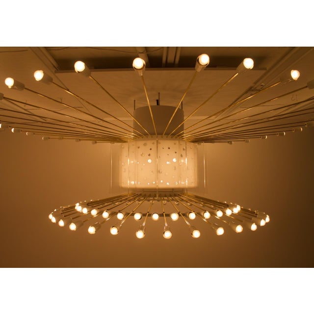 Spectacular Giant Sputnik Ceiling Lamp With 132 Bulbs in Brass, Lucite & Metal, 1950s For Sale - Image 12 of 13